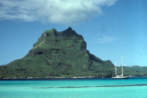 Bora-Bora-Urlaub-Bora-Bora-Insel.jpg