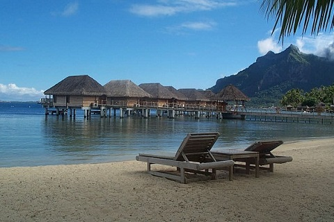 Four-Seasons-Resort-Bora-Bora.jpg