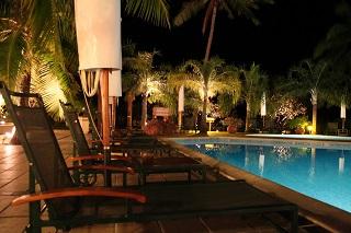 Pool im Hotel - Tahiti-Urlaub